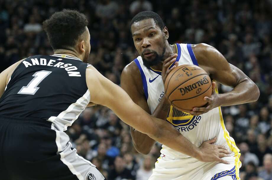 Kevin Durant is a tough matchup for anyone. Photo: Tom Reel, San Antonio Express-News