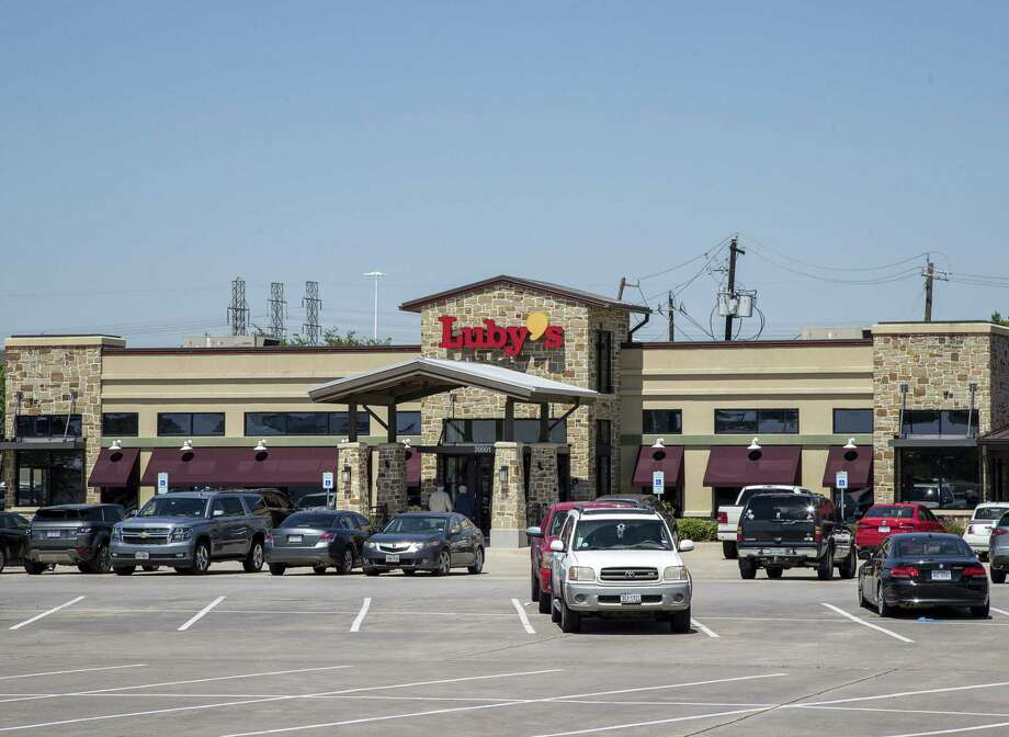 A Luby's location in Webster is seen, Monday, April 23, 2018, in Webster. Luby's plans to offer more discounts at its cafeteria-style restaurants to boost customer loyalty amid falling sales. ( Jon Shapley / Houston Chronicle ) Photo: Houston Chronicle / © 2018 Houston Chronicle