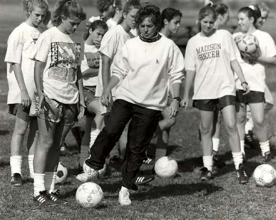 Madison coach Audrey Ambrose during a practice in 1993. (Express-News file photo)