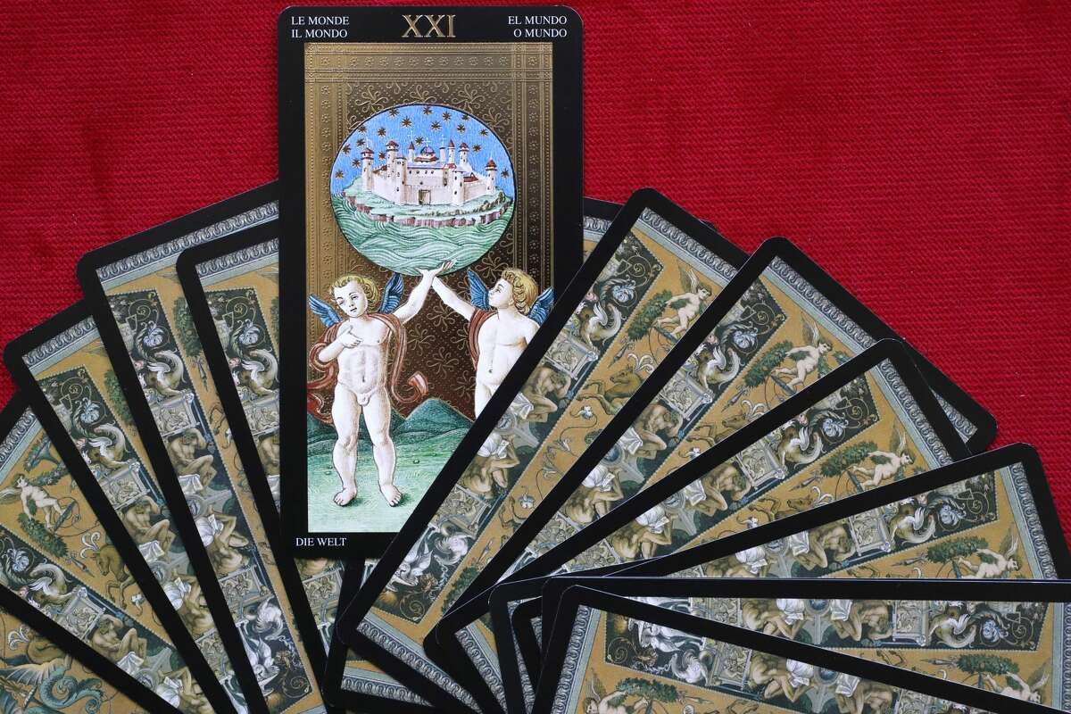 Tarot cards. The world. (Photo by: Godong/UIG via Getty Images)