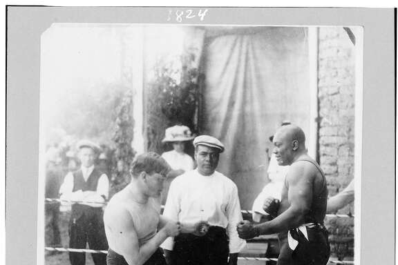 Boxers Marty Cutler and�Jack�Johnson�in boxing ring