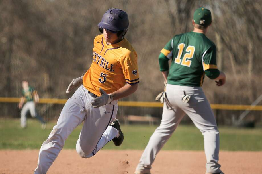Timothy Wainwright rounds third base during Westhill's victory over Trinity Catholic at Westhill High School in Stamford, Conn. on Monday, April 23, 2018. Photo: Chris Palermo / For Hearst Connecticut Media / Stamford Advocate Freelance
