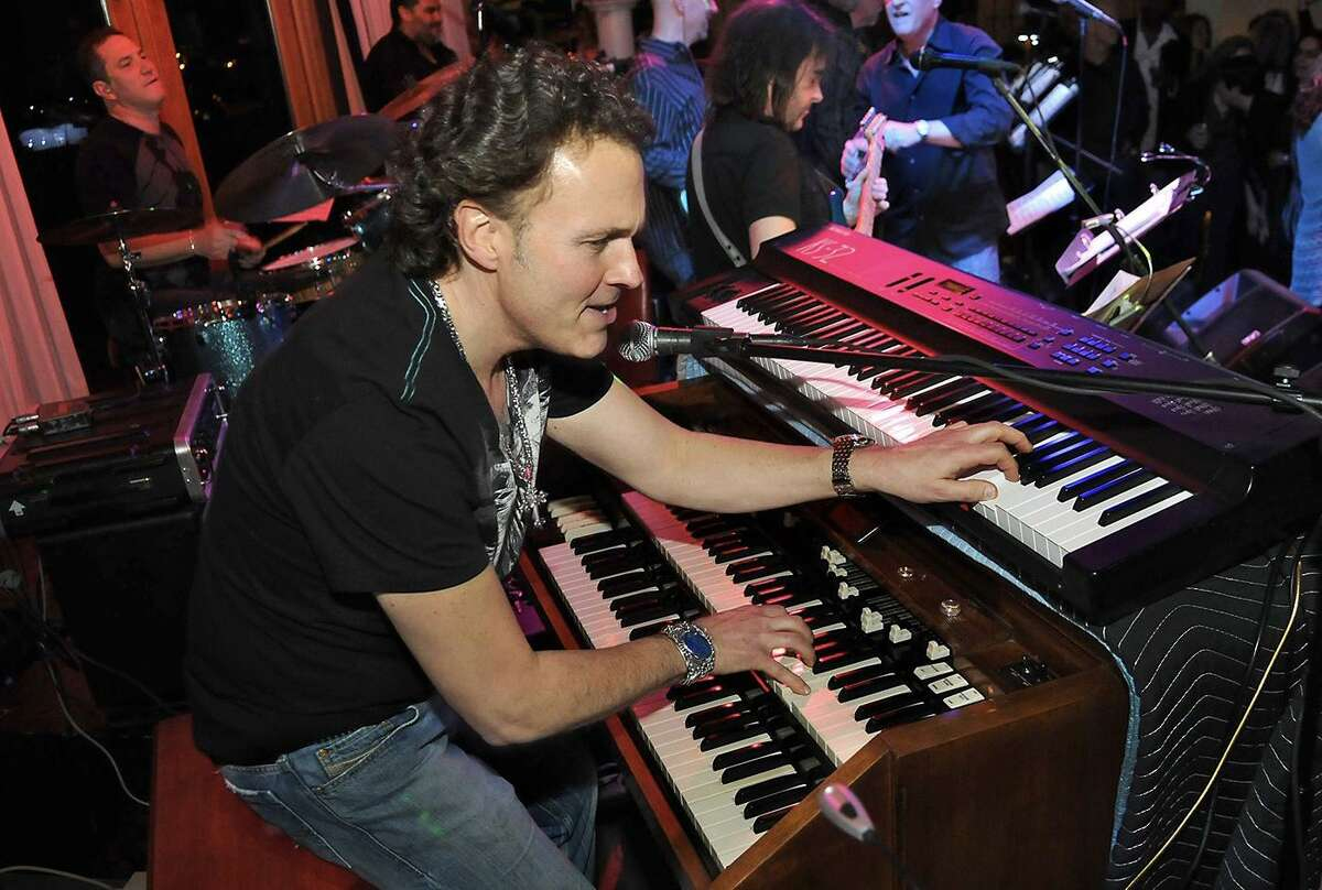 Steve Gaspar is bringing his band the Hollywood All-Stars to Bridgeport's Bijou Theatre Friday. Find out more.