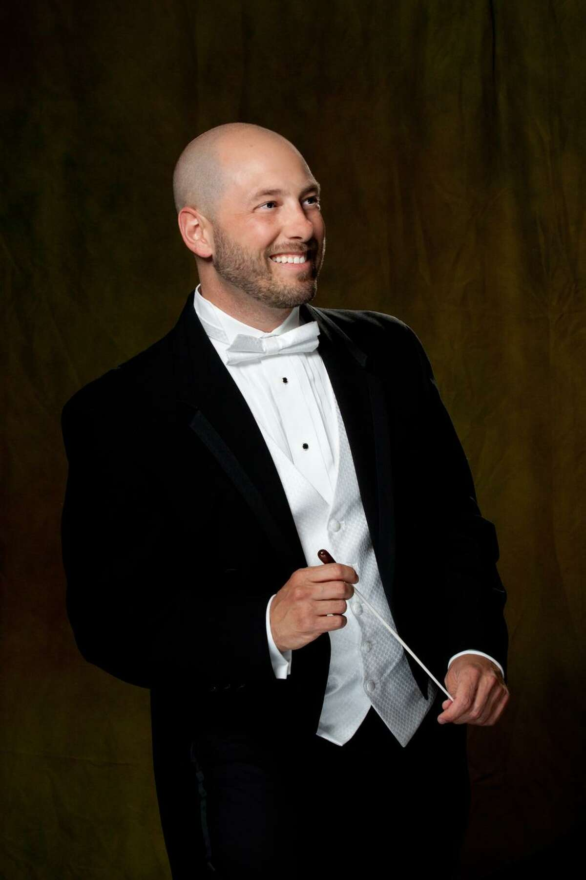 GMChorale, led by Artistic Director Joseph D?'Eugenio, will present Jephte, the rarely-heard oratorio by early Baroque composer Giacomo Carissimi. Sunday, April 29 at 4 p.m. at the MHS Performing Arts Center in Middletown.