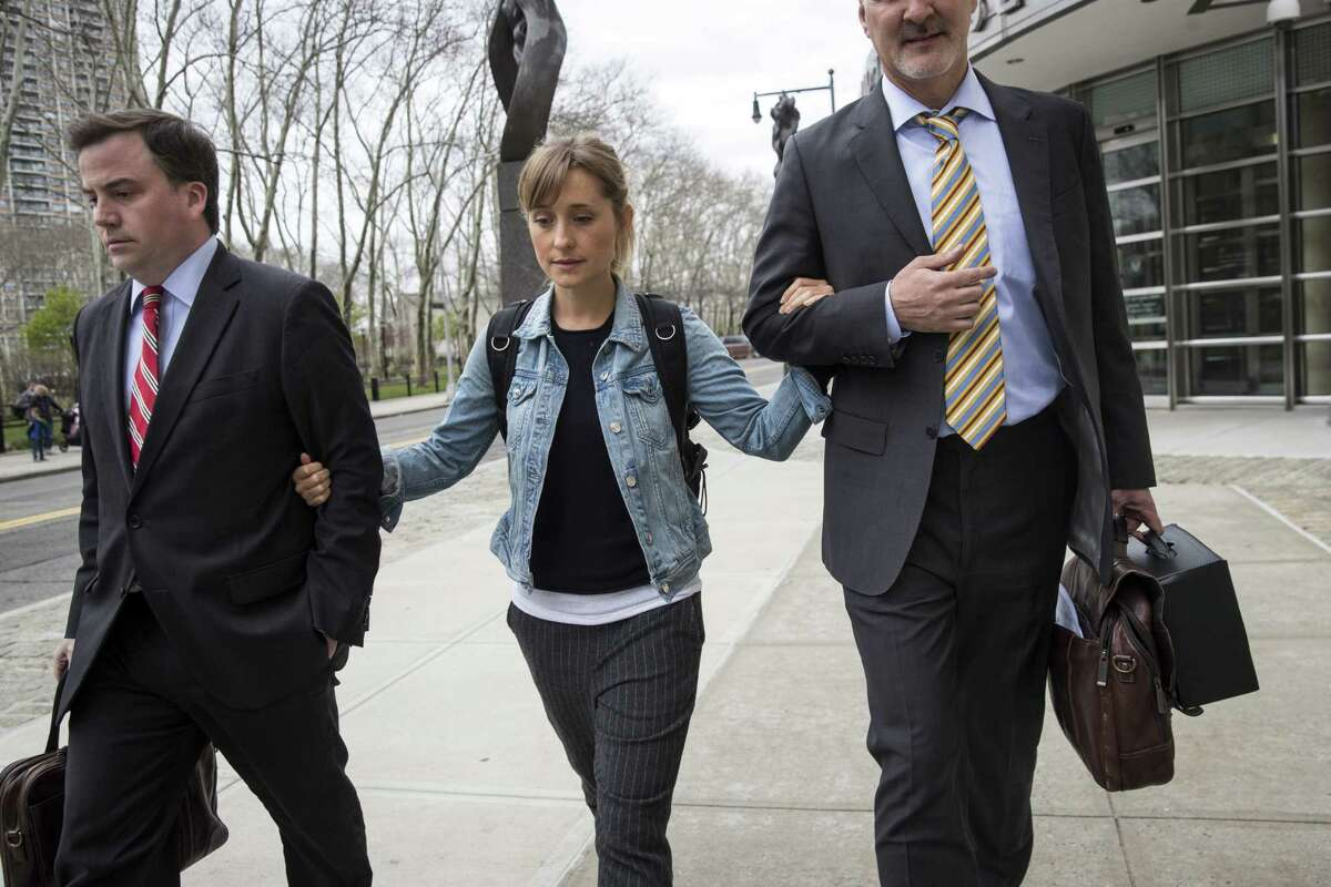 NEW YORK, NY - APRIL 24: Actress Allison Mack leaves U.S. District Court for the Eastern District of New York after a bail hearing, April 24, 2018 in the Brooklyn borough of New York City. Mack was charged last Friday with sex trafficking for her involvement with a self-help organization for women that forced members into sexual acts with their leader. The group, called Nxivm, was led by founder Keith Raniere, who was arrested in March on sex-trafficking charges. She was released on bail at $5 million.