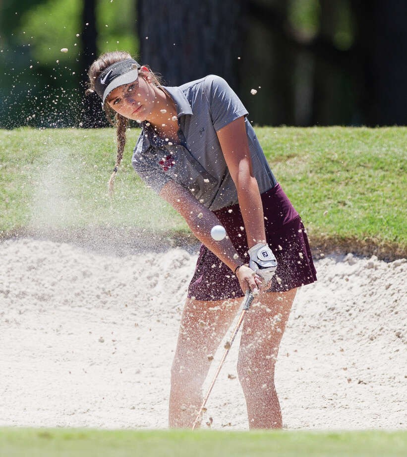 Kaydee Lowe of Magnolia hits out of a bunker onto the 9th green during the final round of the Region III-5A tournament at La Torretta Lake Resort & Spa, Tuesday, April 24, 2018, in Montgomery. Photo: Jason Fochtman, Staff Photographer / © 2018 Houston Chronicle