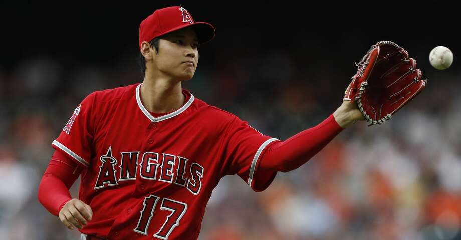 Los Angeles Angels starting pitcher Shohei Ohtani between pitches during the first inning of an MLB game at Minute Maid Park, Tuesday, April 24, 2018, in Houston. ( Karen Warren  / Houston Chronicle ) Photo: Karen Warren/Houston Chronicle