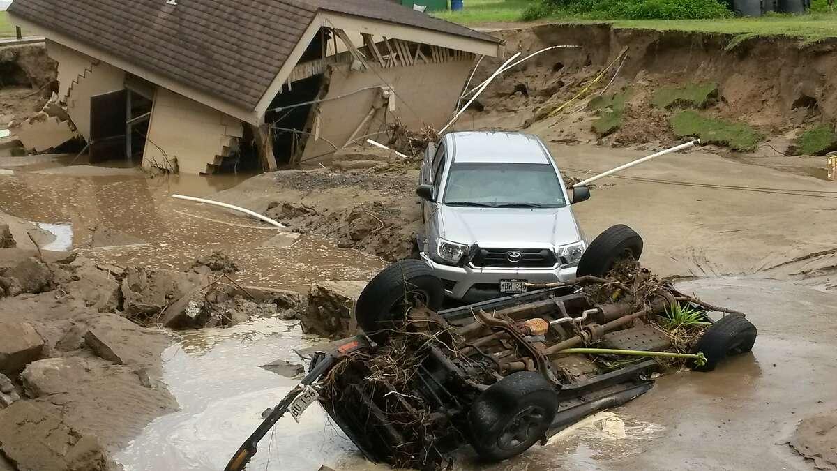 Images of flood damage on Kauai's north shore scared away tourists