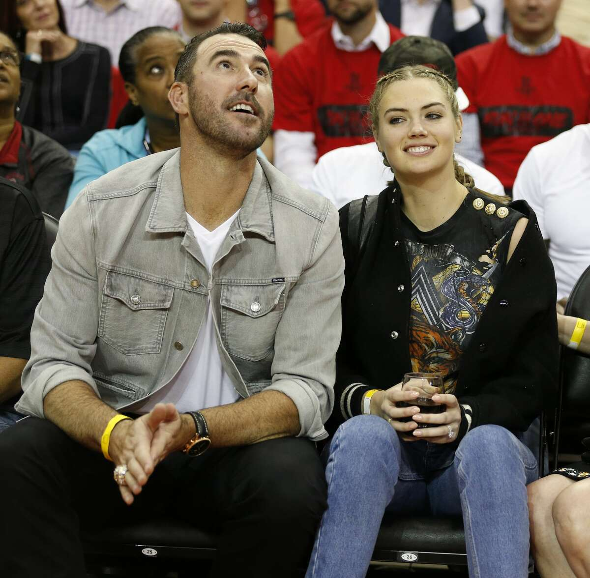 Houston Astros pitcher Justin Verlander and his wife, supermodel Kate Upton. (Photo: Brett Coomer/Houston Chronicle via AP)