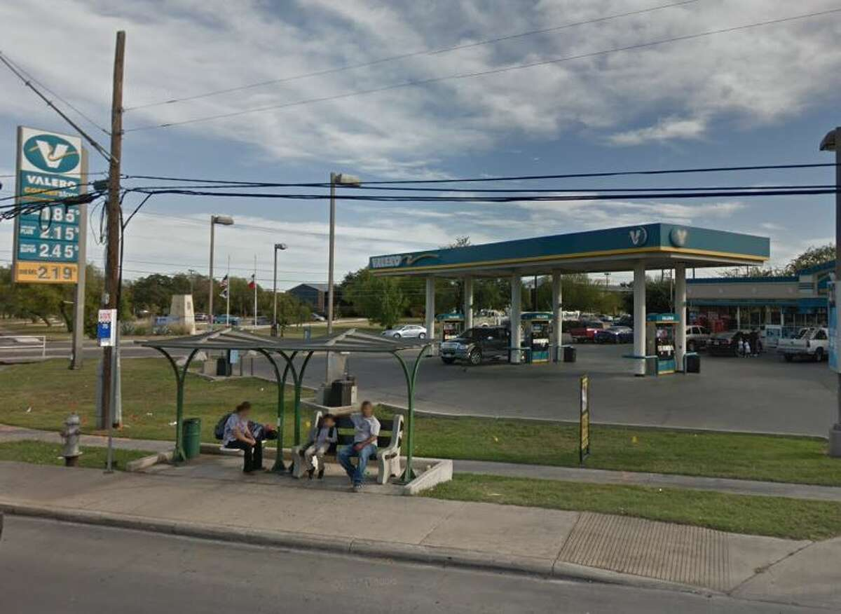 Valero Location:606 Enrique M. Barrera Parkway Dates:April 9 Number of skimmers found: 2