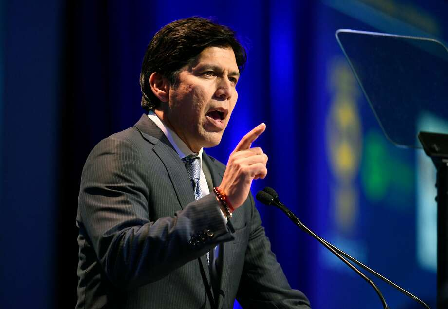 FILE - In this Feb. 24, 2018, file photo, U.S. Senate candidate, Senate President Pro Tem Kevin de Leon, D- Los Angeles, speaks at the 2018 California Democrats State Convention in San Diego. California billionaire Tom Steyer is endorsing de Leon, the Democrat challenging U.S. Sen. Dianne Feinstein.(AP Photo/Denis Poroy, File) Photo: Denis Poroy / Associated Press