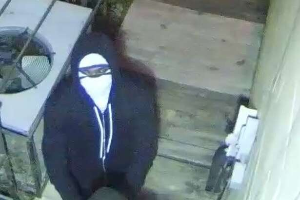 Authorities are offering an $11,000 reward to anyone who helps police track down two burglars who targeted a Spring gun store and ultimately made off with a more than a dozen firearms. Anyone with info is urged to call Crime Stoppers at 713-222-TIPS (8477).