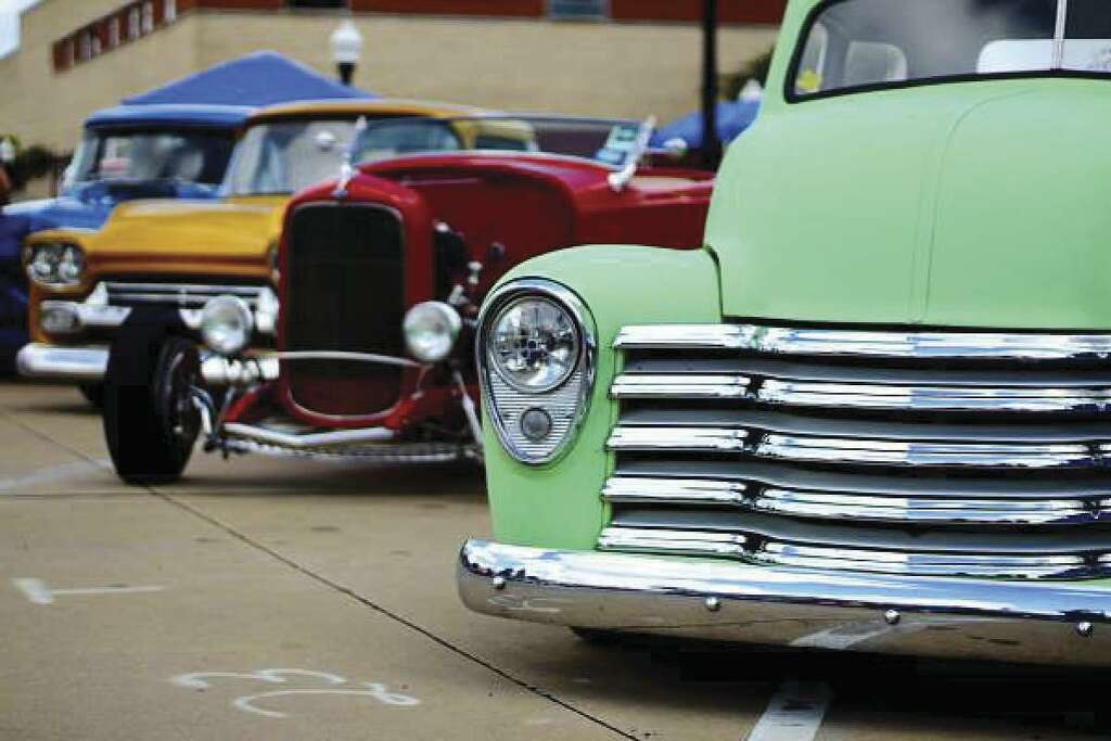 Texas City hosts Lone Star Deluxe Hot Rod and Music Festival this ...