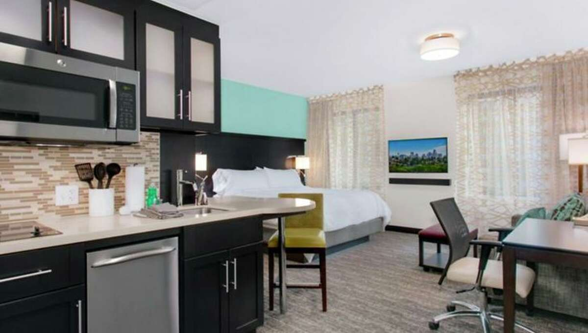 Guest accommodations in the new Staybridge Suites in Seattle. (Image: InterContinental Hotels Group)