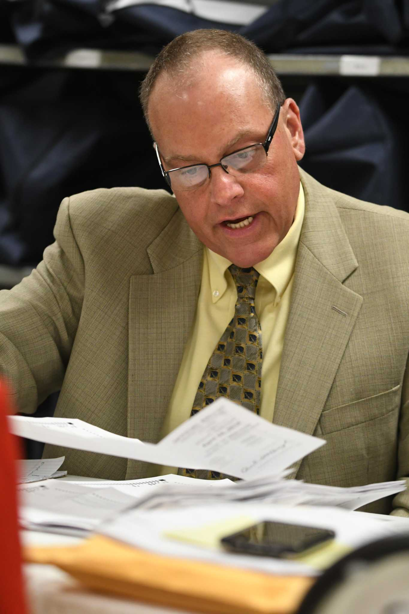 U S  Supreme Court sides with Rensselaer County official