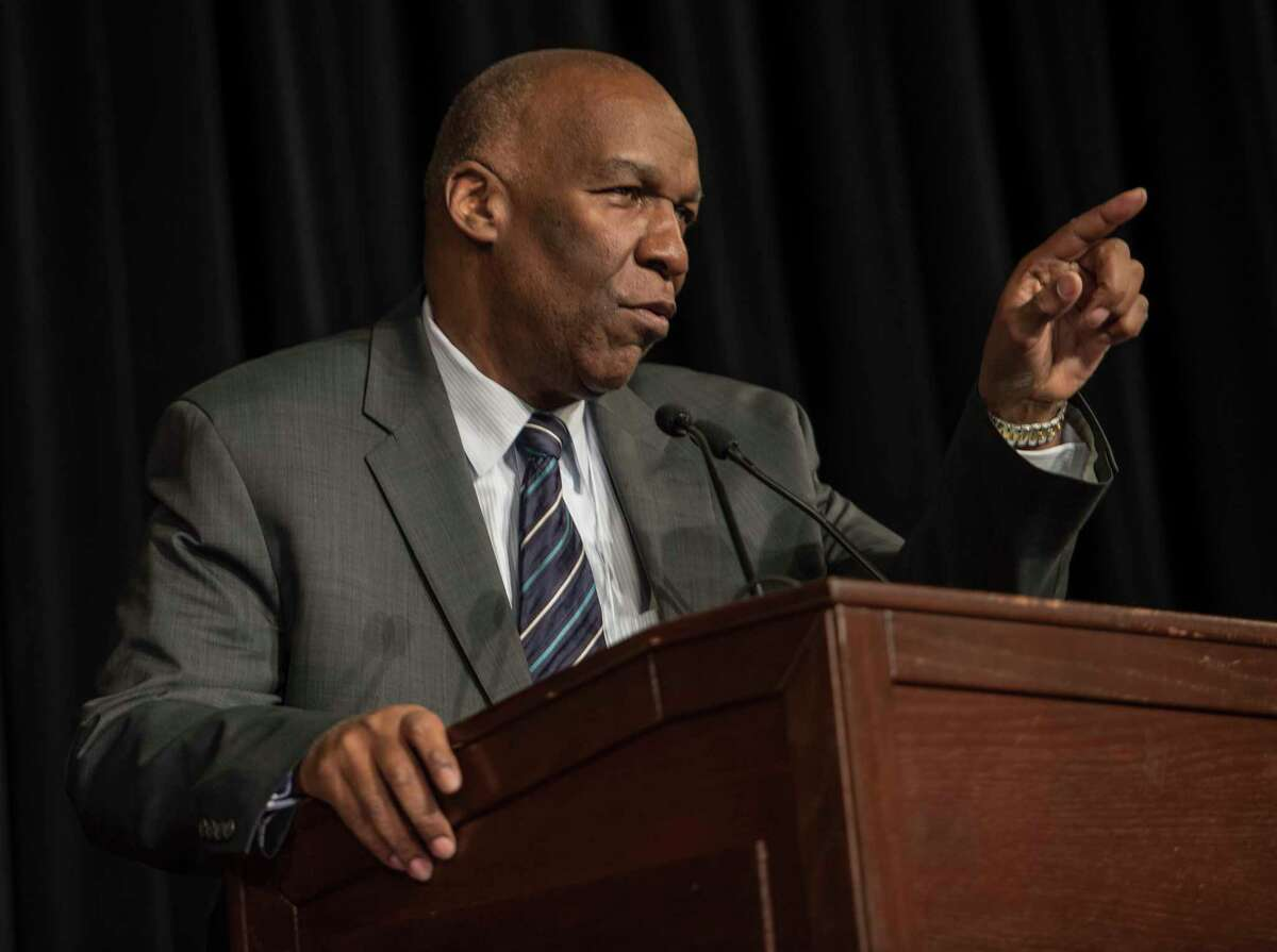 """Dr. Alfonso Wyatt moderates a panel on the subject of How MBK Impacted You? during the New York State My Brother's Keeper Symposium held in the Rockefeller Plaza Convention Center on Friday, April 26, 2018, in Albany, N.Y. According to the New York State Department of Education, """"The MBK Symposium presents an opportunity for individuals from various constituencies to share best practices and strategize on solutions to critical issues impacting students, particularly boys and young men of color"""". (Skip Dickstein/Times Union)"""