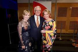 SFMOMA Board Chairman Charles Schwab is flanked by his Modern Ball co-chairs Nancy Bechtle (left) and Protocol Chief Charlotte Shultz. April 25, 2018.