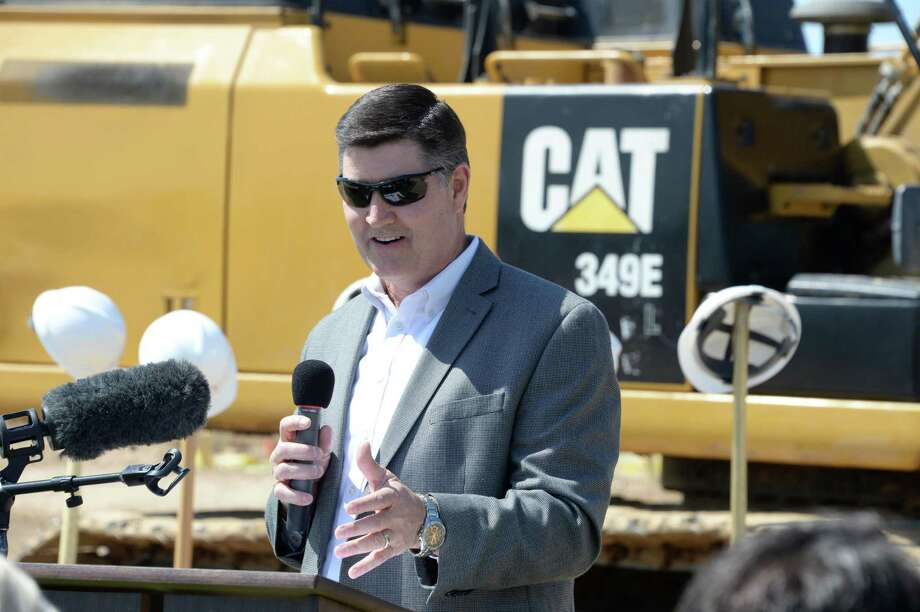 Dr. Lance Hindt, Katy ISD Superintendent, welcomes attendees to the groundbreaking ceremony for the Katy ISD Agricultural Sciences Center in Katy on Friday, April 27, 2018. Photo: Craig Moseley, Staff / Chronicle / ©2018 Houston Chronicle