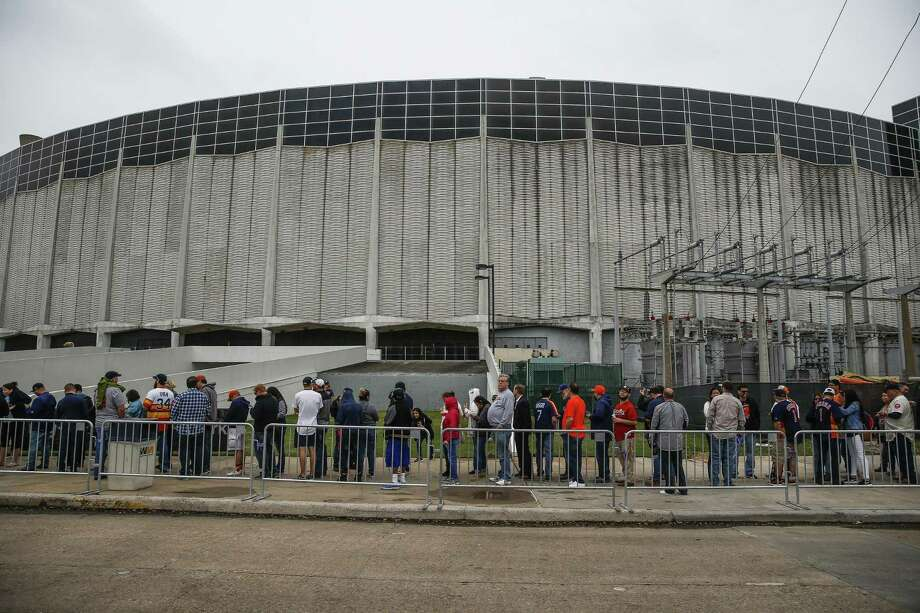 Houstonians in line to enter the world famous Astrodome April 9 for Domecoming, a celebration of the building's 53rd anniversary. Photo: Michael Ciaglo, MBO / Associated Press / Michael Ciaglo