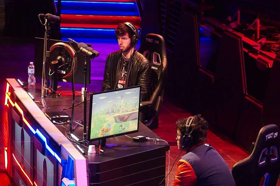 Two gamers compete on stage in the new Esports Arena Las Vegas. Photo: Spud Hilton / The Chronicle