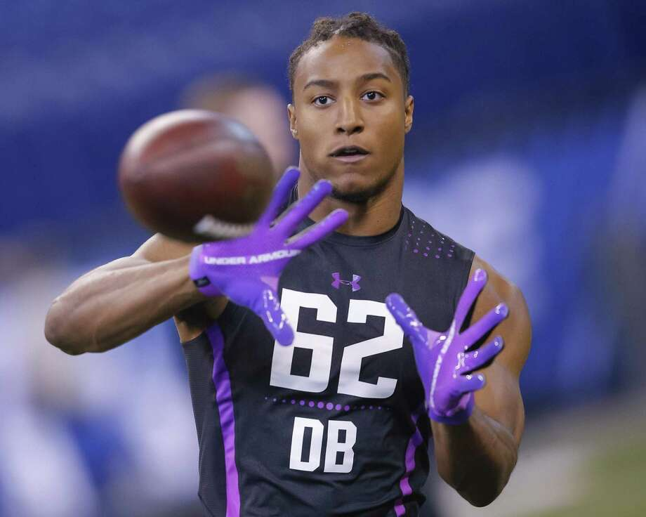 Stanford' Justin Reid, shows off his skills at an NFL combine. The top Texans pick is the brother of ex-49ers safety Eric Reid. Photo: Michael Hickey, Stringer / Getty Images / 2018 Getty Images