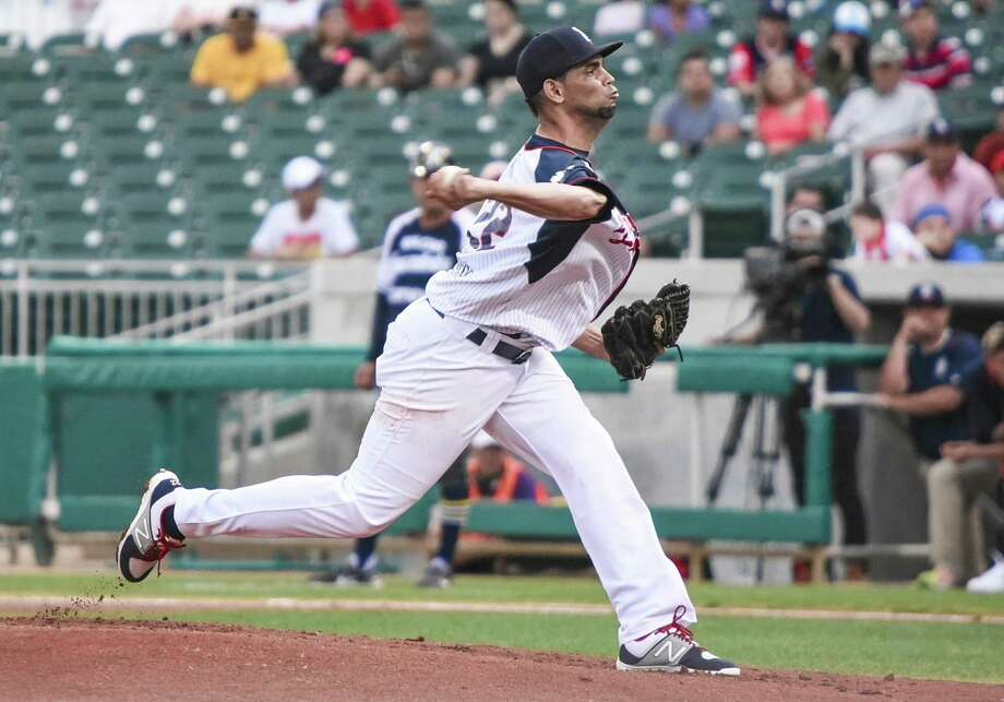 Tecolotes pitcher Jose Pina had a rare rough outing as last year's No. 3 pitcher in ERA was tagged for a season-high seven runs in 3.1 innings on 10 hits at Generales de Durango on Thursday night. Photo: Danny Zaragoza /Laredo Morning Times File