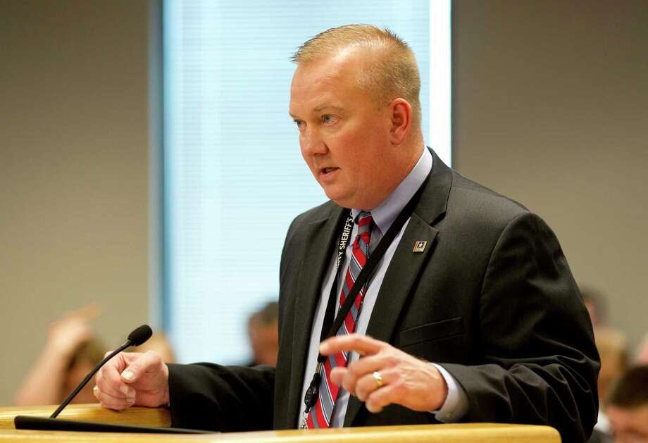Montgomery County Sheriff Rand Henderson speaks during the Montgomery County Commissioners Court meeting in February 2017. Photo: Jason Fochtman, Staff Photographer / Internal