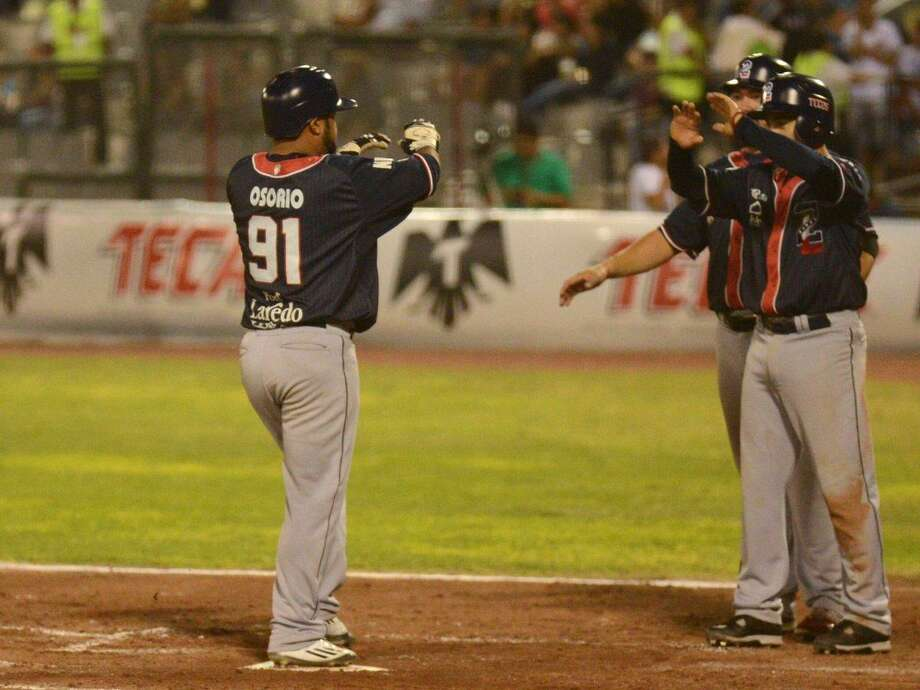 The Tecolotes Dos Laredos lost 6-1 on Saturday in Nuevo Laredo to Rieleros de Aguascalientes. Center fielder Enrique Osorio was 2-for-3 extending his hitting streak to nine games. Photo: Courtesy Of The Tecolotes Dos Laredos, File