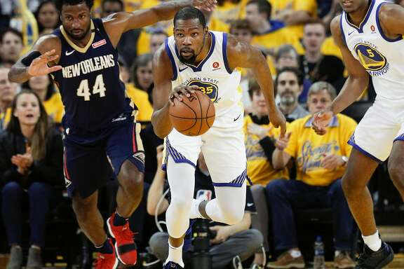 Golden State Warriors' Kevin Durant runs the ball up court in the first quarter during game 1 of round 2 of the Western Conference Finals between the Golden State Warriors and the New Orleans Pelicans at Oracle Arena on Saturday, April 28, 2018 in Oakland, Calif.