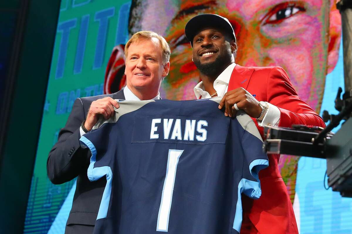 Tennessee Titans The Titans had only four picks, fewest in the league. They used them wisely. ILB Rashaan Evans is a terrific player who makes plays all over the field. He can rush, stop the run and drop into coverage. OLB Harold Landry could become a dangerous pass rusher. QB Luke Falk is a developmental prospect. Grade: B minus