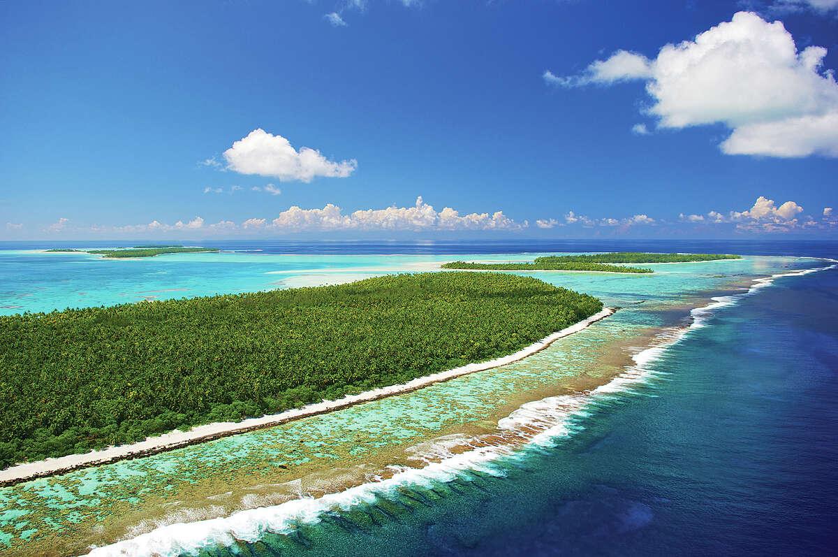 The Tetiaroa Atoll in French Polynesia has 12 islets.