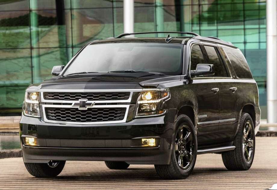2018 Suburban Suvs Looks Great With Z71 Midnight Edition