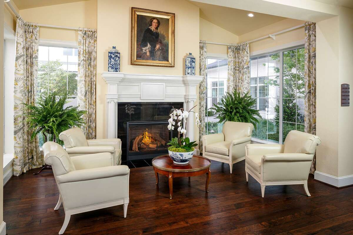The Tradition features large common rooms for entertaining.