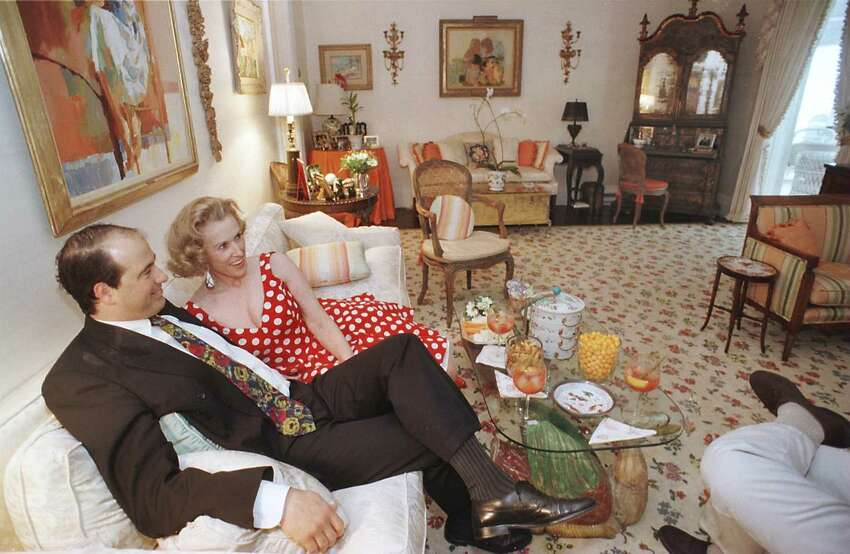Marylou Whitney at her Saratoga Springs home, Cady Hill, with then-fiance John Hendrickson on Aug. 9, 1996. (Times Union photo by LUANNE M. FERRIS)