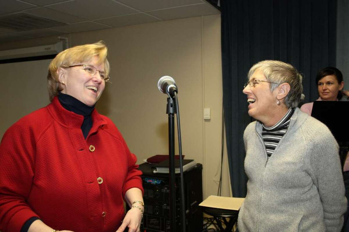 Friend and fellow church choir member Colleen Davis, left, donated a kidney to Susan Blais.