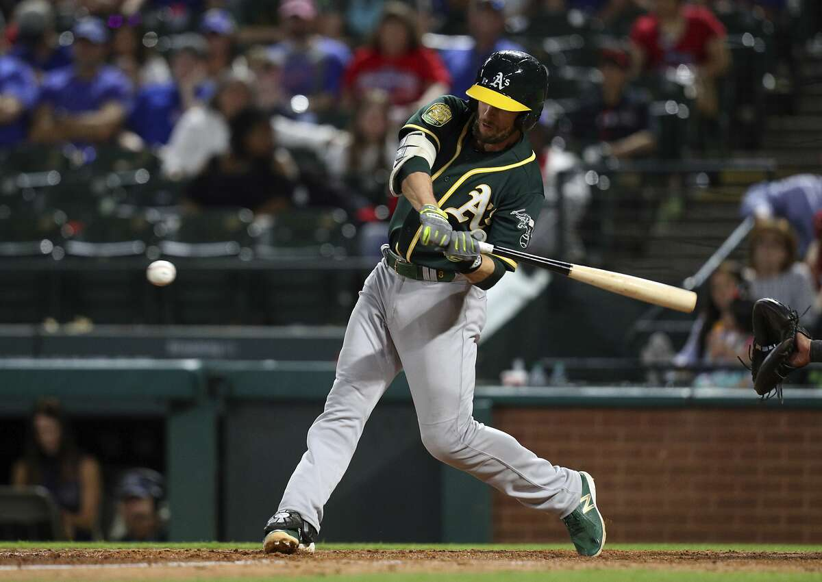 Strong legs, strong game for A's Jed Lowrie