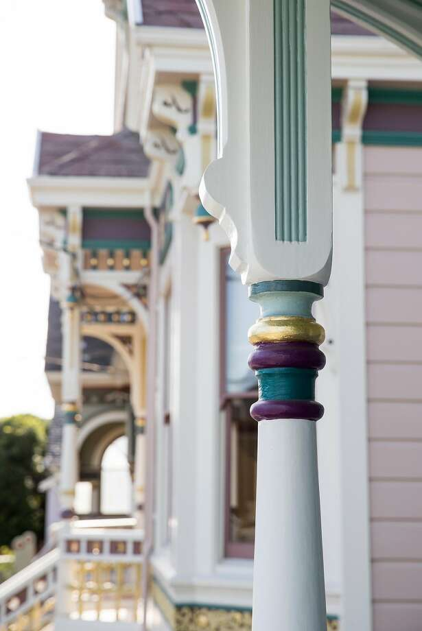 A detail is seen on one of the three homes in a row built by architect Marcuse and Remmel in the late-1800s on the 900 block of Santa Clara Avenue in Alameda. Photo: Laura Morton