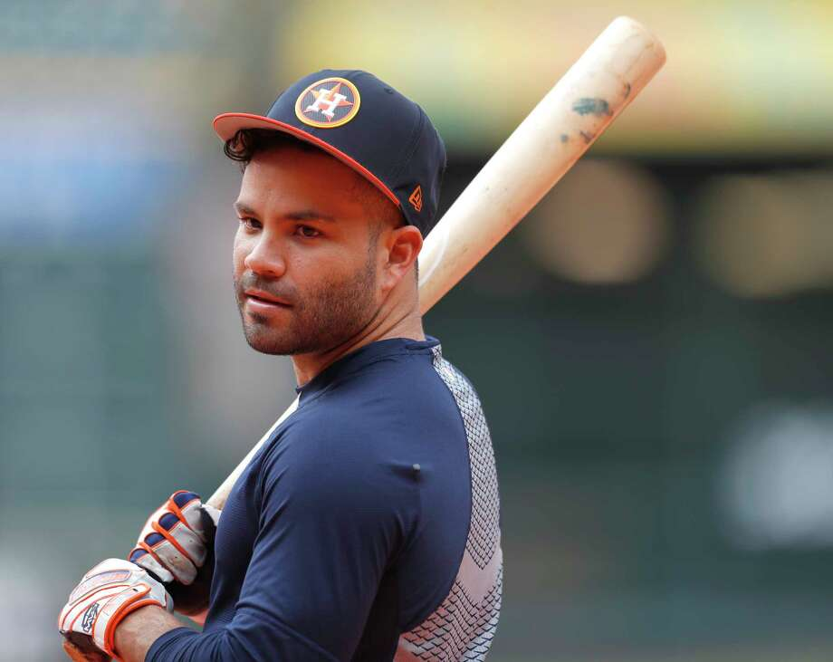 Small ball helped Jose Altuve and the Astros manufacture enough offense to beat the Yankees on Monday. Photo: Karen Warren, Houston Chronicle / © 2018 Houston Chronicle