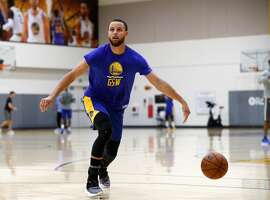 Warriors' Stephen Curry, 30 as the NBA Golden State Warriors practice in downtown Oakland, Ca. on Mon. April 30, 2018.