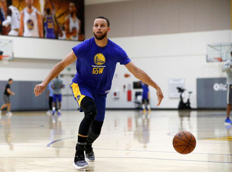 801ca0443 Warriors game day  How will Stephen Curry look in return vs ...