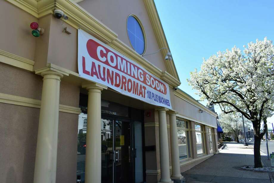 A laundromat is coming soon at 731 West Ave. in Norwalk, Conn. Photo: Alexander Soule / Hearst Connecticut Media / Stamford Advocate