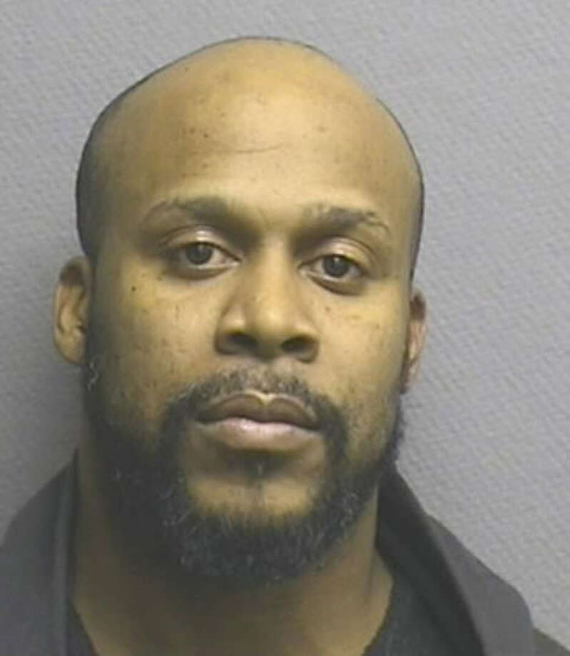 A Houston man accused of serial indecent exposure by law enforcement has been arrested by area police. Suspect Alonzo Curry, 35, was arrested and charged by the Harris County Sheriff's Office this week. Photo: Harris County Sheriff's Office