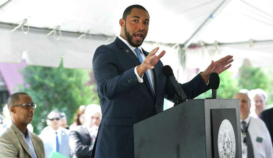 Precinct 4 Commissioner Tommy Calvert, speaks at the grand opening of East Side Bibliotech named after Dr. E. Thurman Walker Jr., on Thursday, April 19, 2018. Photo: Bob Owen, Staff / San Antonio Express-News / ©2018 San Antonio Express-News
