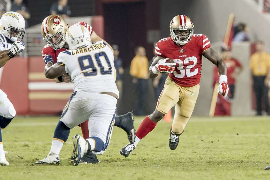 Running back Joe Williams cuts through the line during a preseason game at Levi's Stadium last August. Photo: Icon Sportswire / Getty Images 2017 / ©Icon Sportswire (A Division of XML Team Solutions) All Rights Reserved contact: info@iconsportswire.com http://iconsportswire.c