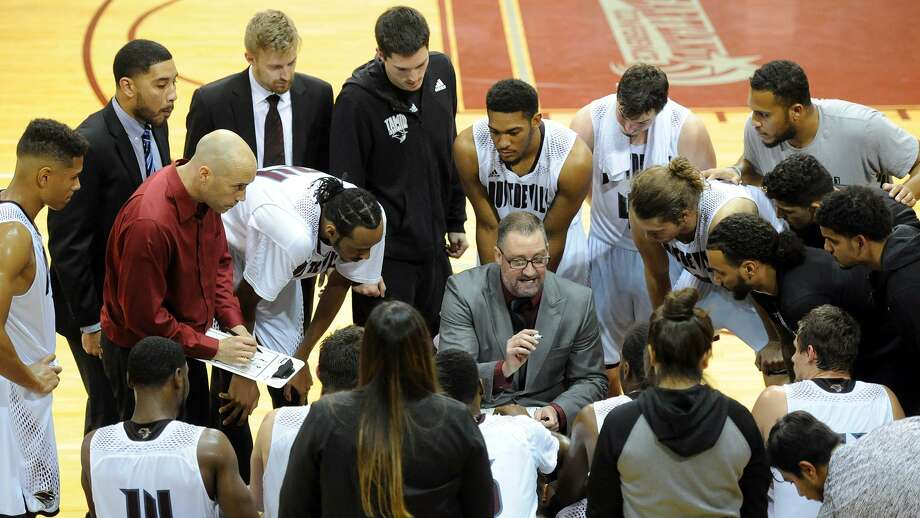 Joel Taylor and TAMIU open the 2019-20 season Nov. 8 at home against South Dakota School of Mines. Photo: Courtesy Of TAMIU Athletics /file