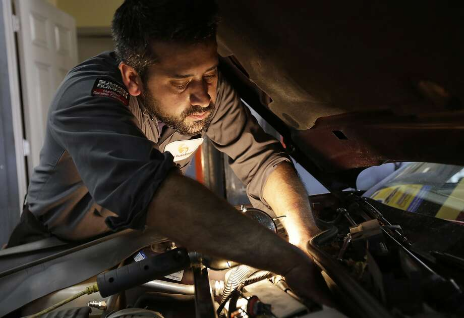 >>Click through to see the most expensive states to get your car repaired, according to yourmechanic.com Photo: G-Jun Yam, Associated Press