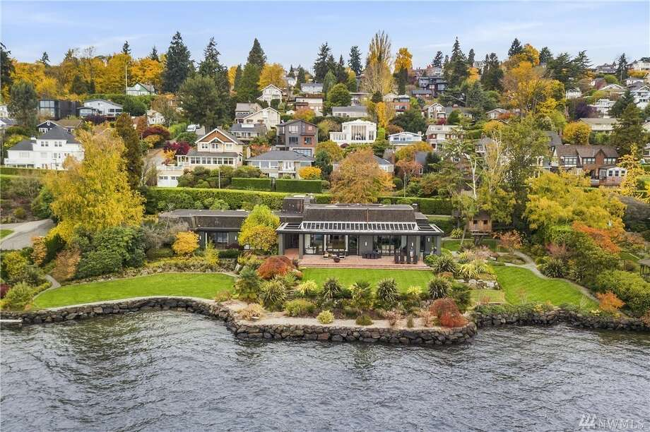With 250 feet of private waterfront, this mid-century mansion is Seattle's most pricey listing: $16.8M Photo: Patrick Chinn/Windermere