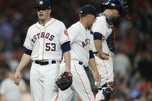 Houston Astros relief pitcher Ken Giles gets pulled by manager AJ Hinch during the ninth inning of an MLB game at Minute Maid Park, Tuesday, May 1, 2018, in Houston. ( Karen Warren  / Houston Chronicle )