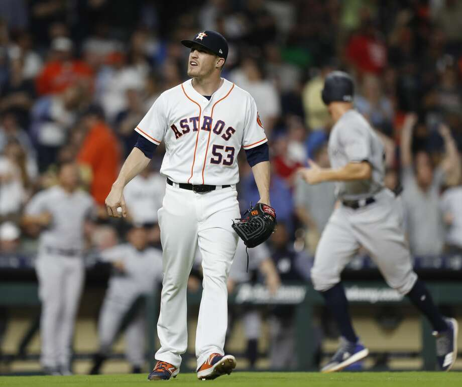 Houston Astros relief pitcher Ken Giles reacts after New York Yankees Gary Sanchez hit a three-run home run off him during the ninth inning of an MLB game at Minute Maid Park, Tuesday, May 1, 2018, in Houston. ( Karen Warren  / Houston Chronicle ) Photo: Karen Warren/Houston Chronicle