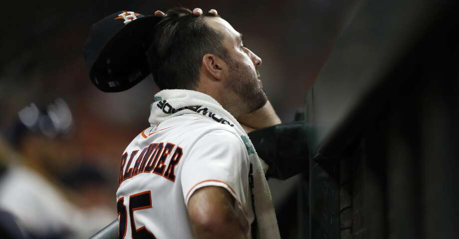 Houston Astros starting pitcher Justin Verlander (35) watches the game from the dugout during the eighth inning of an MLB game at Minute Maid Park, Tuesday, May 1, 2018, in Houston. ( Karen Warren  / Houston Chronicle ) Photo: Karen Warren/Houston Chronicle